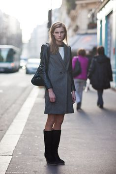 Old pictures after dries van noten Fashion show street style