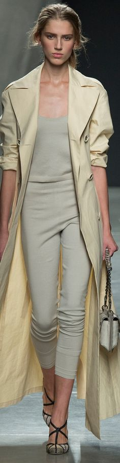 Bottega Veneta Collection Spring 2015 May pair with a brighter color coat!