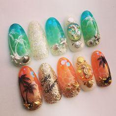 35 best summer nail art designs you must try 00087 Fabulous Nails, Gorgeous Nails, Cute Nails, Pretty Nails, Tropical Nail Designs, Sea Nails, Vacation Nails, Nailart, Mermaid Nails