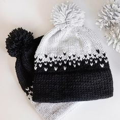 Double brim beanies are all the rage lately! These gorgeous brimmed hats are not only incredibly stylish and simple to… brim knit hat patterns Ombre Double Brim Beanie Knitting Pattern - Leelee Knits Double Pointed Knitting Needles, Circular Knitting Needles, Cable Knit Hat, Knit Beanie, Knitted Headband, Knitted Hats, Motifs Beanie, Knit Crochet, Crochet Hats