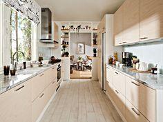 Kosketus keittiö koivu - Kosketus keittiö koivu » Topi keittiöt Carrara, Favorite Color, Tiny House, Kitchen Decor, Kitchen Cabinets, House Interiors, Home Decor, Colors, Tiny House Interiors