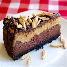 This double layer Mocha Almond Fudge Cheesecake is a luscious salute to one of the most popular ice cream flavours ever. So incredibly delicious!