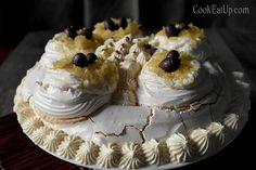 pavlova me lemoni Pavlova, Cake, Desserts, Food, Tailgate Desserts, Deserts, Kuchen, Essen, Postres