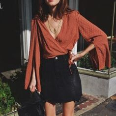 Women fashion Scarves 2018 and also Blouse design 2 Fashionable evening dresses 2017 with loop 3 Evening dresses with long sleeves 4 Formal dresses with bared shoulders 5 Trendy evening gowns with thin straps 6 Midi evening dresses 7 Brillianc Dressy Outfits, Mode Outfits, Stylish Dresses, Fashion Outfits, Womens Fashion, Formal Dresses, Summer Outfits, Fall Outfits, Night Outfits