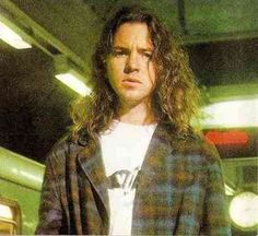 Find images and videos about pearl jam and eddie vedder on We Heart It - the app to get lost in what you love. Pearl Jam Posters, Ed Vedder, Indie, Alternative Rock, Pear Jam, Hip Hop, Pearl Jam Eddie Vedder, Grunge Guys, Kings Of Leon