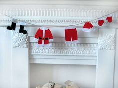 DIY Tassel Garland : 'a pair and a spare' decor