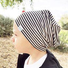 Gray stripe beanie / Posh Kiddos