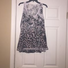 Cache tank top Cache tank top is in excellent condition with front and back rhinestones. In excellent condition. Zebra print Cache Tops Tank Tops
