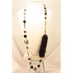 Collier long, rond,fourrure de vison noir, transformable. Création de bijoux cou de cœur artisanaux fabriqués au Québec.