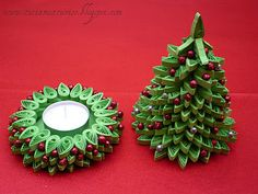paper quilled christmas tree and candle holder I wouldnt put the candle in it but I would put poupori Arte Quilling, Paper Quilling Patterns, Quilling Paper Craft, Paper Crafts, Diy Paper, Quilling Christmas, Christmas Ornaments, Christmas Time, Diy Nativity