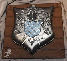 family crest cakes | Found on facebook.com