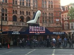 Priscilla! Times Square, Musicals, Broadway Shows, Street View, London, Travel, Viajes, Destinations, Traveling