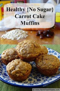 Healthy {No Sugar} Carrot Cake Muffins with dates and maple syrup, oats and whole wheat flour. And carrots, of course! www.farmfreshfeasts.com