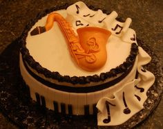 Jazz+music+birthday+cake.JPG (640×510)