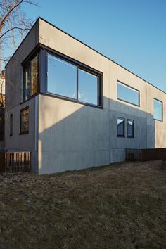 Enebolig Bestumveien Arkitekt: wood a+d Foto: Einar Aslaksen Home Fashion, Woods, Garage Doors, Mansions, House Styles, Outdoor Decor, Design, Home Decor, Decoration Home