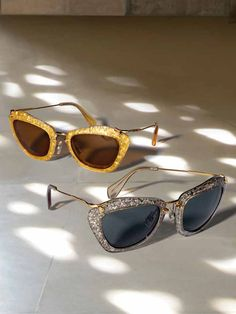 9de689dd1b6 the sun isn t the only one shining Discount Sunglasses