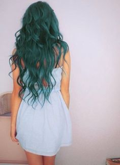 This is the perfect green hair for any girl!                                                                                                                                                     Plus