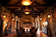 Pronghorn Club & Resort - Marsh & Associates, Inc. | Golf & Country Club Architects | Interior Design