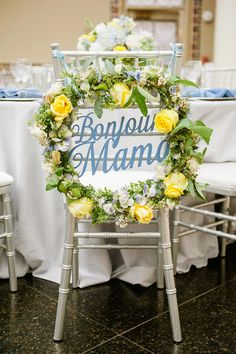 La Tavola Fine Linen Rental: Essex French Blue with Nuovo Periwinkle Napkins | Photography: Heartbeats Photography, Event Design: Simple Little Details