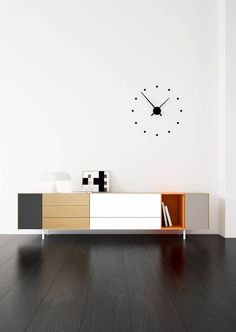 Casegoods Furniture for Home, Commercial and Hospitality.) Discover the best of Luxury Furniture! Tv Furniture, Modern Furniture, Furniture Design, Sideboard Modern, Modern Buffet, Mid Century Sideboard, Muebles Living, Cabinet Decor, Buffets
