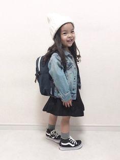 🌸🌸🌸 今日は入園式でした👧🏻❤ 月曜日から毎日幼稚園🙌🏻なんか楽になるような寂しいよ