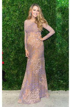 Blake Lively Pregnancy Style - Blake Lively Fashion - Harper's BAZAAR