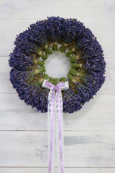 70 creative craft ideas for your autumn wreath - home ideas and ., 70 creative craft ideas for your autumn wreath - home ideas and . - 70 creative craft ideas for your autumn wreath - living ideas and decoration Aut. Arte Floral, Deco Floral, Lavender Crafts, Lavender Wreath, Lavander, Autumn Wreaths, Christmas Wreaths, Christmas Decorations, Spring Wreaths