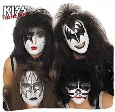 Kiss, seen them with and without makeup Rock Makeup, Kiss Makeup, Star Makeup, Kiss Beth, Eric Singer, Banda Kiss, Gene Simmons Kiss, Kiss Concert, Montreux Jazz Festival