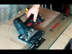 Modifying the GST li S barrel grip model to have the option of bevel cuts. A tilting base on this saw has it's limits but does increase work options. Bosch Tools, Apps That Pay, Decoration Originale, Tilt, Hacks, Base, Workshop, Garage, Youtube