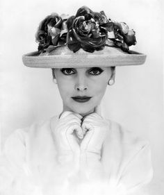 Beautiful Black-and-White Fashion Photography by Eugene Vernier from between the 1950s and 1960s