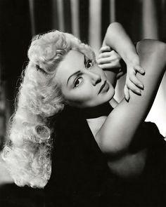 Lana Turner--2-8-21/6-29-95--my vintage vogue's