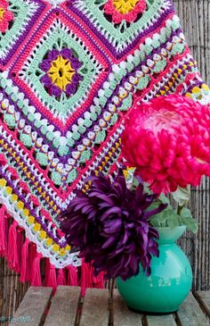 Love this color combination and pattern.  Will have to look around for similar yarn.