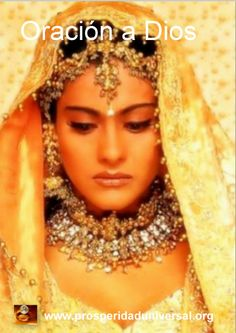 Pakistani/Indian Bollywood (Kajol from Kuch Kuch Hota Hai) gold and silver bridal jewelry with stones (zevar): Necklace, matha patti, and long jhumkas Bollywood Stars, Bollywood Lehenga, Bollywood Party, Indian Bollywood, Bollywood Actress, Bollywood Costume, Kuch Kuch Hota Hai, Queen Esther Costume, Bridal Hijab