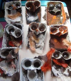 art and soul preschool: Bird Project. Owls using egg cartons, paint, and feathers. Reusing project for earth day? Recycled Art Projects, Projects For Kids, Crafts For Kids, Arts And Crafts, Owl Crafts, Animal Crafts, Kindergarten Art, Preschool Crafts, Egg Carton Crafts