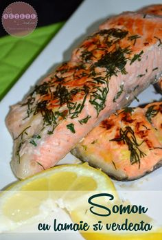 Somon cu lamaie si verdeata - RETETE DUKAN Romanian Food, Romanian Recipes, My Recipes, Cooking Recipes, Dukan Diet, Christmas Cooking, Fresh Rolls, Sushi, Seafood