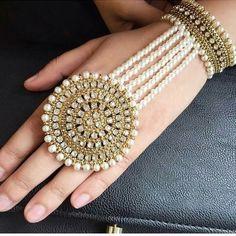 Statement Star Dangle Earrings- Star Jewelry/ Gold Star/ Starburst Drops/ Celestial Jewelry/ Astrology/ Sunburst/ Starlight/ Gifts for Her - Fine Jewelry Ideas Indian Jewelry Earrings, Hand Jewelry, Star Jewelry, Jewelery, Jewellery Rings, Tassel Jewelry, India Jewelry, Diamond Jewellery, Silver Earrings