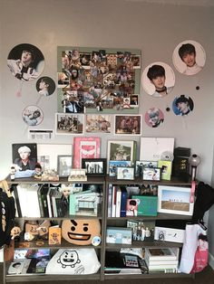 Room idea room idea in 2019 army room, room decor, bedroom deco Army Decor, Army Room Decor, Second Hand Kleidung, Army Bedroom, Aesthetic Rooms, Kpop Aesthetic, Second Hand Stores, Bts Merch, Room Goals