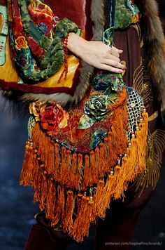 Jean Paul Gaultier Haute Couture Fall 2005 | Purely Inspiration