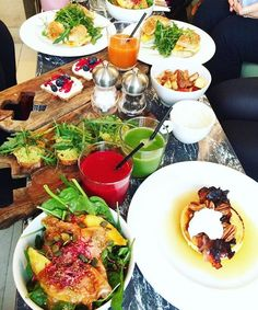 [  24/01/2016 - 11:30 ] BRUNCH . On en parle du brunch de folie chez Season ou pas ? . Le top du top du brunch .  #brunch #season #sunday #bonheur #instafood #seasonparis #delicious #foodpics #foodstagram #friends http://ift.tt/1WGHFE8
