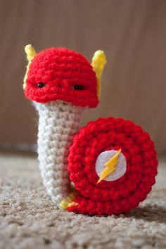Superhero snails - Scarlet Snailster crochet amigurumi