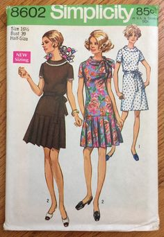 64fcad9206 Vintage 1960s Womens Size 16.5 Dress Simplicity 8602 Sewing Pattern FACTORY  Folds