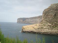 Bahia de Xlendi en la Isla de Gozo