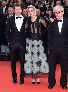 Pin for Later: Seht all' die traumhaften Roben beim Filmfest in Cannes Tag 1: Kristen Stewart in Chanel