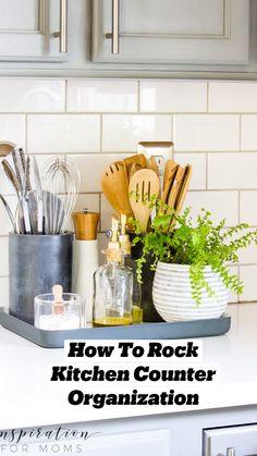 Kitchen Countertop Decor, Diy Kitchen Island, Diy Kitchen Cabinets, Kitchen Cabinet Organization, Kitchen Ideas, Modern Kitchen Decor, Kitchen Shelf Decor, Kitchen Plants, White Kitchen Decor