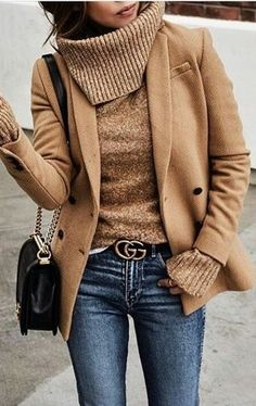 stylish look / blazer sweater bag skinny jeans Winter Fashion Outfits, Fall Winter Outfits, Autumn Winter Fashion, Winter Clothes, Winter Fashion Women, Spring Fashion, Summer Fashions, Cold Weather Outfits, Winter Dresses