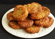 Chiftele de post cu ciuperci Veg Dinner Recipes, Delicious Vegan Recipes, Vegetable Recipes, Vegetarian Recipes, Yummy Food, Healthy Recipes, Meals Without Meat, How To Cook Mushrooms, Vegan Foods