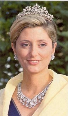 The royal jewels - Royalty of Greece- marie chantal necklace tiara. Royal Crown Jewels, Royal Crowns, Royal Tiaras, Royal Jewelry, Tiaras And Crowns, Marie Chantal Of Greece, Greek Royalty, Greek Royal Family, Casa Real