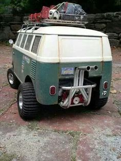 finally...a zombie apocalypse vehicle with some soul!!! VW Camper van