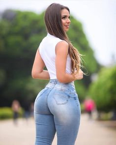 Kolleksiyalarda Denim 😍 Pleasing in 2019 Sexy jeans, Sexy, Jeans Sexy Jeans, Curvy Jeans, Sexy Women, Sexy Curves, Girls Jeans, Sexy Hot Girls, Malta, Ideias Fashion, Xnxx