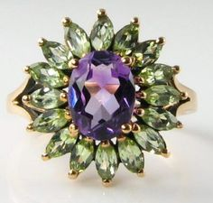 LARGE ENGLISH  9K 9CT GOLD AMETHYST & PERIDOT CLUSTER RING FREE RESIZE